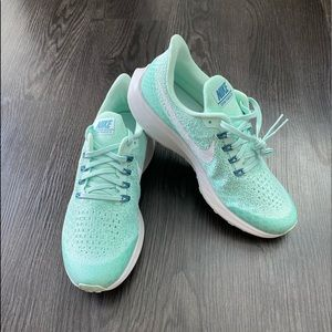 Nike Air Zoom Pegasus 35 IGLOO 7 Youth/8.5 Womens